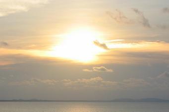 Central America sunrise by etstrauss