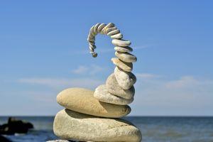 Balanced rock sculpture