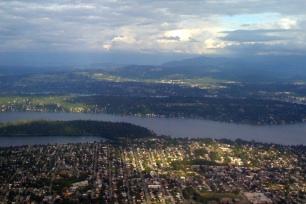 Sunlight_on_Seattle_2_by_Liz_Strauss (2)