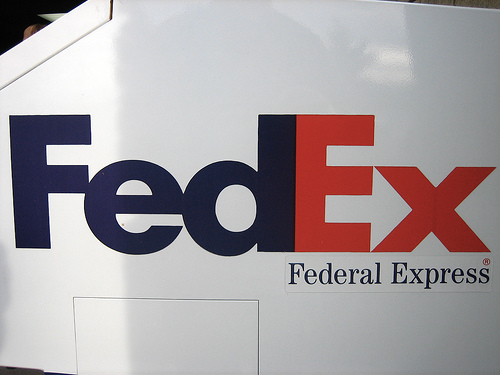 FedEx logo design