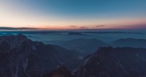 mountain-top-983890_1920